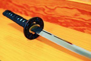 日本刀をオークションに出品するメリット・デメリット